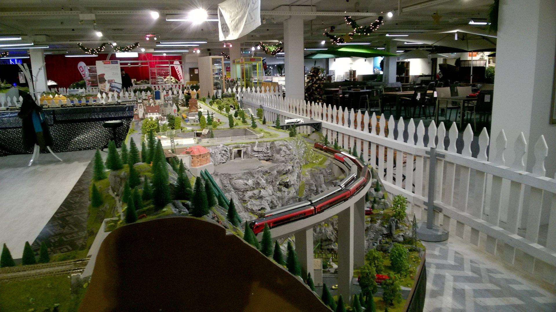 19 Modellbahnausstellung Bei Möbel Inhofer In Senden Ulmer Str 50